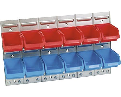 Paroi à fentes en métal avec 12 boîtes ouvertes