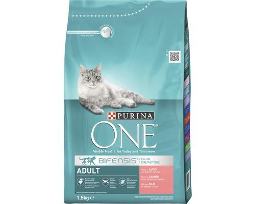 Nourriture sèche pour chats, Purina ONE ADULT saumon et blé complet, 1,5 kg